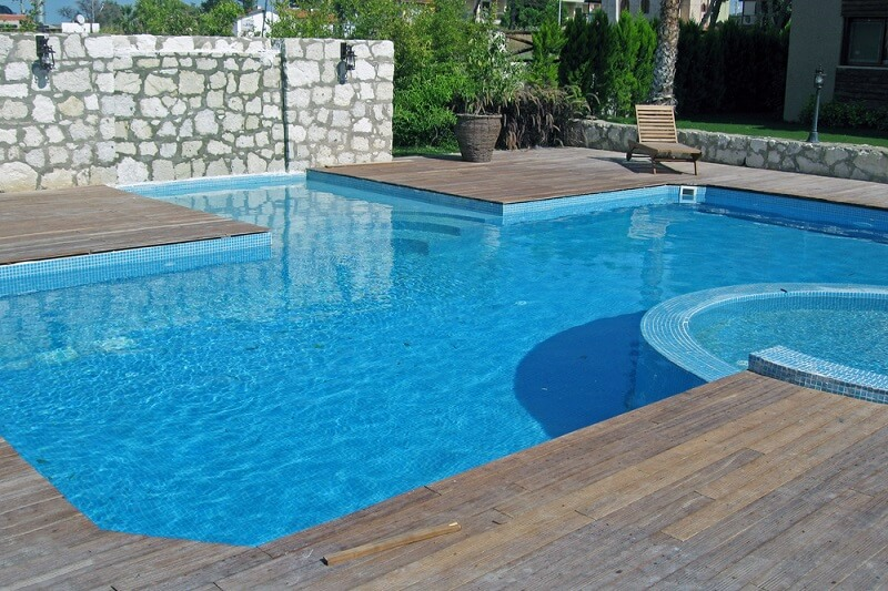 safety tips for home swimming pool