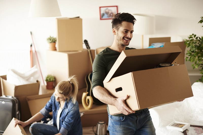 Tips to downsize your belongings and simplify or declutter your life